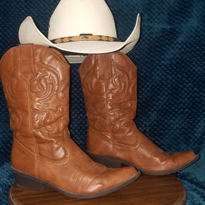 Madden Girl Cowboy Boots Size 8 1/2 | Leather
